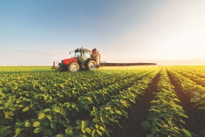 Trade policy, labor availability among  key agriculture issues in 2021